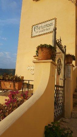 Florenza Residence: 20160924_181320_large.jpg