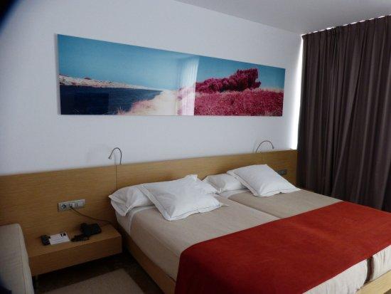 El Saler, Spanien: Buenas camas y una decoración agradable