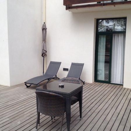 Host & Vinum: The terrasse.