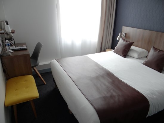 chambre double classique - Picture of Best Western Hotel Athenee ...