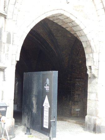 Ypres, Belgique : Part of the entrance
