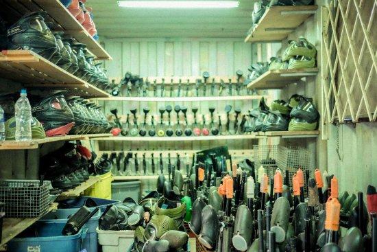 Surrey, Canadá: Equipment