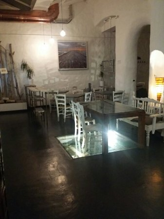 Interni picture of golem cucina e dintorni bologna for E cucina 24 bologna