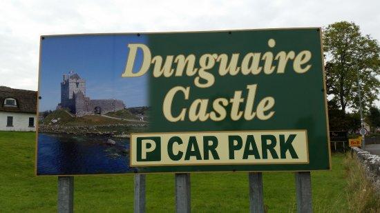 Kinvara, İrlanda: Car park