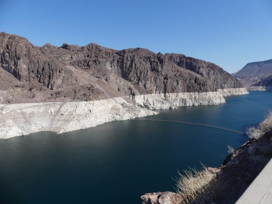 Hoover Dam: The water is drying up...