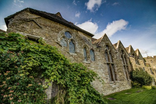 Ludlow, UK: Hall and Chapel at Stokesay Castle