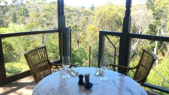 Hepburn Springs, Austrália: Dining on the verandah