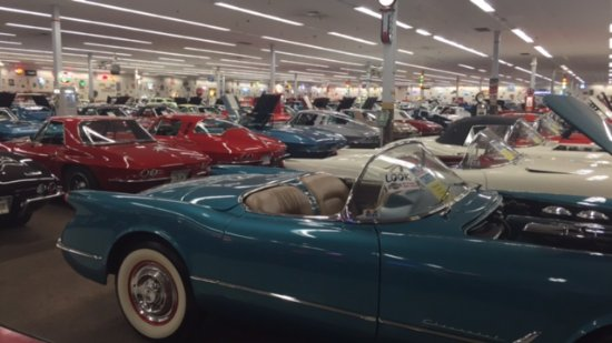 Muscle Car City Museum: 200 cars to see