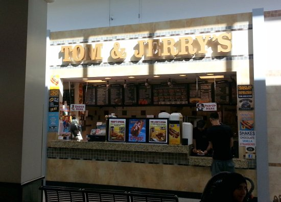 Norridge, IL: Counter of Tom & Jerry's in the Food Court at Harlem Irving Plaza