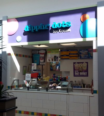 Norridge, IL: counter at Dippin' Dots in the Food Court at Harlem Irving Plaza
