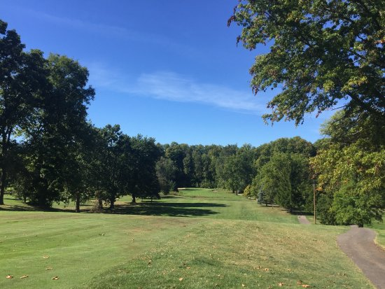 Hawthorne Valley Country Club
