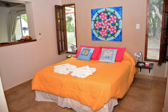 Pueblo Santo, Cabanas & Suites