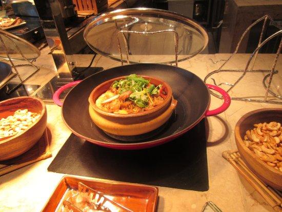 The Peninsula Manila: NICE FOOD