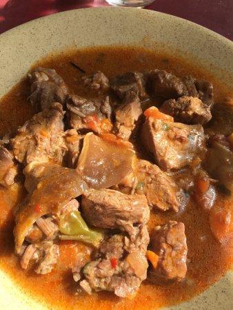 Buitrago de Lozoya, Spanyol: Carne guisada con setas del menú del día