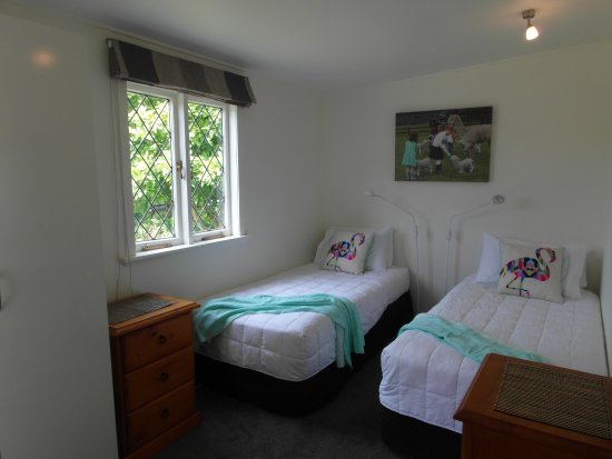 Havelock North, นิวซีแลนด์: Share twin room in 3 bedroom cottage