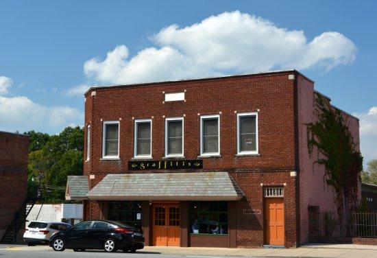 Lincolnton, Северная Каролина: On the Square