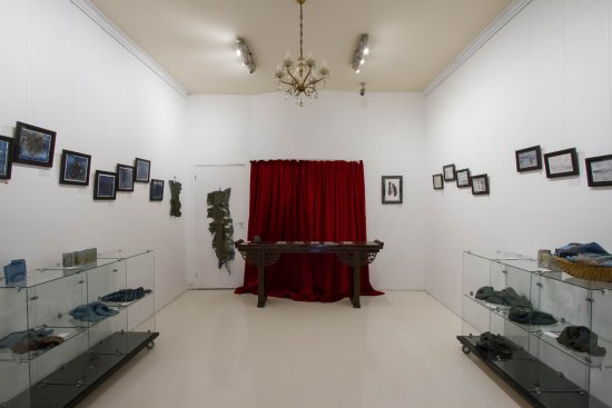 Fitzroy, Australia: Exhibition - Felicity Griffin-Clark's UNBOUND - Expressions into Indigo