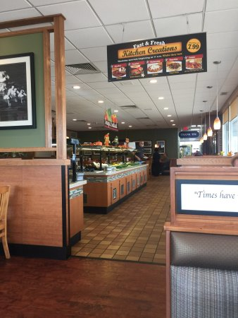 Rogers, MN: Dining area and salad bar