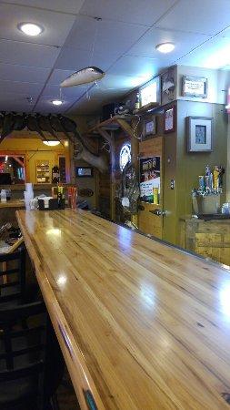 Redwood Falls, Μινεσότα: Comfy bar restaurant