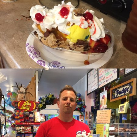 White Stone, VA: What do you get when you mix a banana split and a brownie sundae?  One happy customer!!!