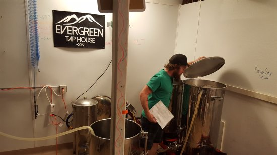 Evergreen, CO: Brew sesh!!