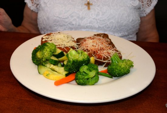 Huntersville, NC: Lunch Meatloaf with Broccoli