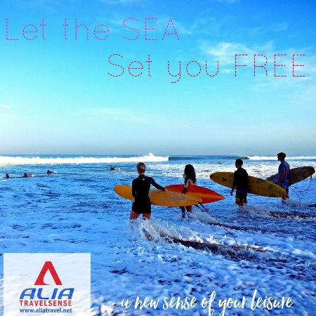 Jimbaran, Indonesië: Surfing lesson combine with tour package