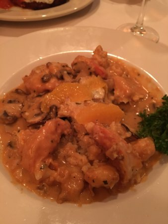 Wrentham, MA: Jumbo shrimp with risotto in a mushroom sauce