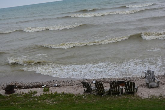 Algoma, WI: This was not the prettiest day but it shows the private beach.
