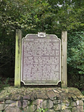 Baraboo, WI: History of the Area