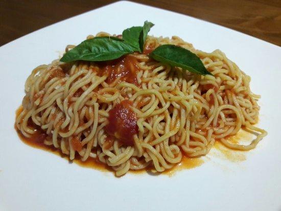 Santa Ana, Costa Rica: Spaghetti Pomodoro