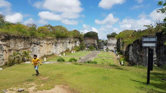 Garuda Wisnu Kencana Cultural Park: 20160927_105204_large.jpg