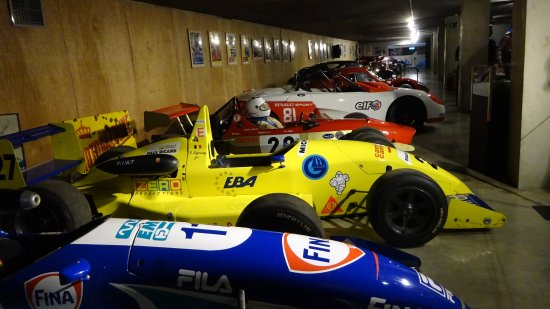 Stavelot, Bélgica: A gaggle of earlier F1 cars at the Spa-Francorchamps Mudeum