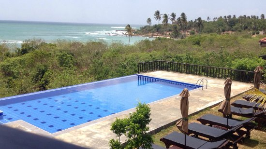 Rekawa, Шри-Ланка: Vistas desde la habitación y piscina
