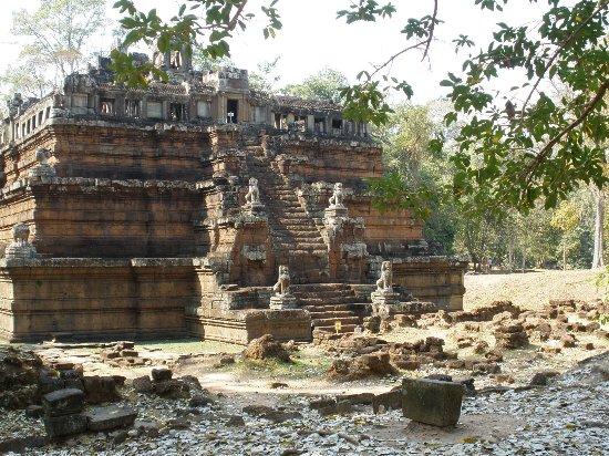 Angkor Holidays Tour
