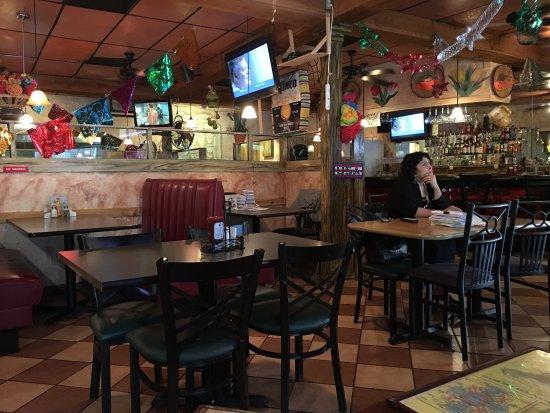 Los Mexicanos: The dining room