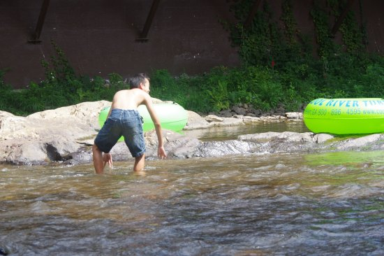 Chattahoochee River: I GOTTA SET THE TUBES FREE!