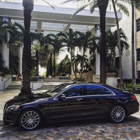 Driven Miami Limo, Mercedes S550 Limo, Miami Car Service, Black Car Service