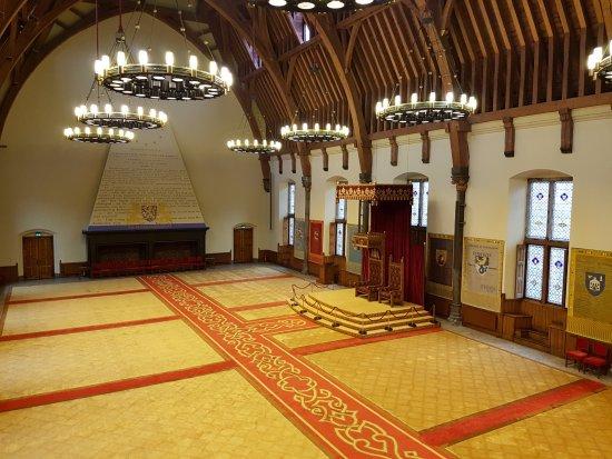 Binnenhof & Ridderzaal (Inner Court & Hall of the Knights): 騎士廳