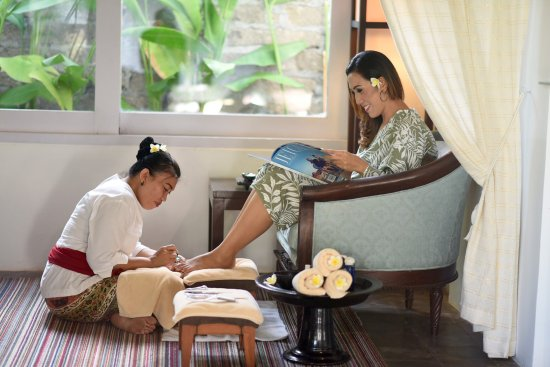 The Pavilions Bali: Spa treatment