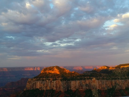 Grand Canyon North Rim: Sunrise on the North Rim