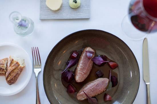 North Sydney, Αυστραλία: GRIMAUD DUCK BREAST, roast beetroot, plum, jus