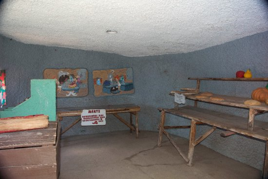 Williams, AZ : Flinstones Bedrock City