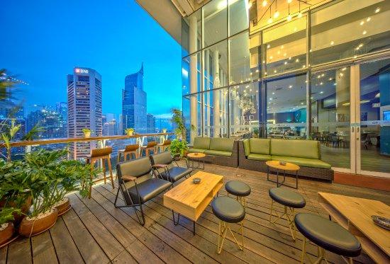 Skyloft Restaurant Lounge Jakarta Restaurant Reviews Photos Phone Number Tripadvisor