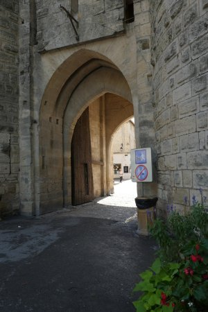 Aigues-Mortes, Γαλλία: Porte de la Gardette to Aigues Mortes