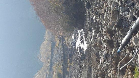 Baishan, China: 長白山瀑布下游也優美