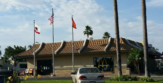 Cypress, CA: McDonald's
