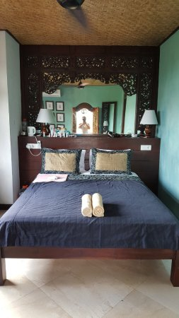 Gayatri Bungalows: Room #9
