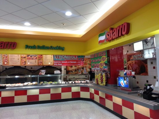 Norridge, IL: Counter at Sbarro
