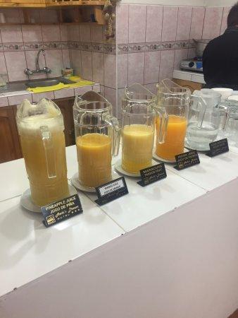 Hotel Awki's Dream: variedad de jugos
